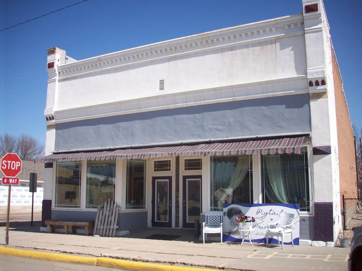 103 Third Street, Ponca, NE  $75,000