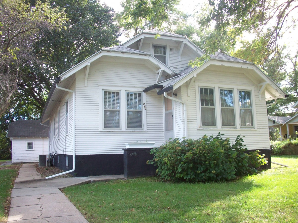 507 W Second, Wakefield, NE  $69,900