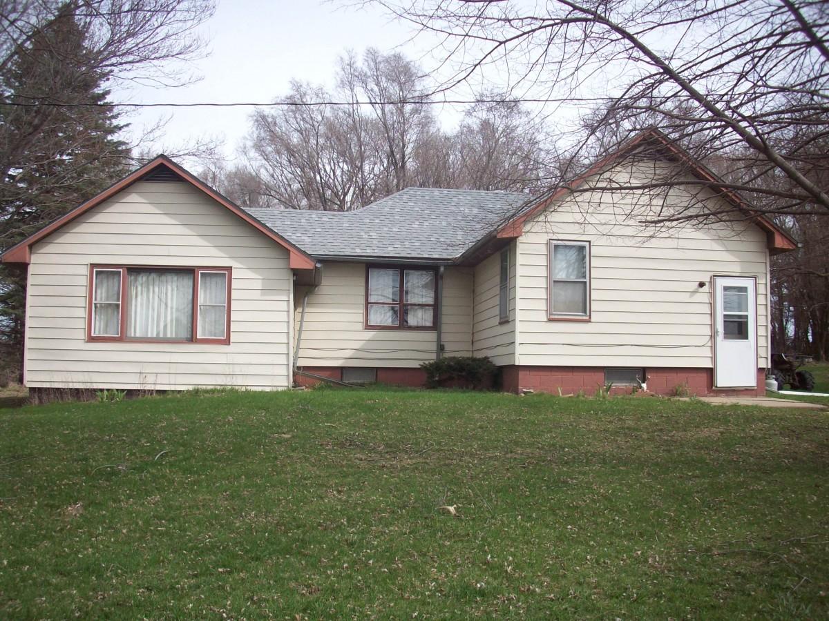 414 13 RD Emerson, NE  $95,000